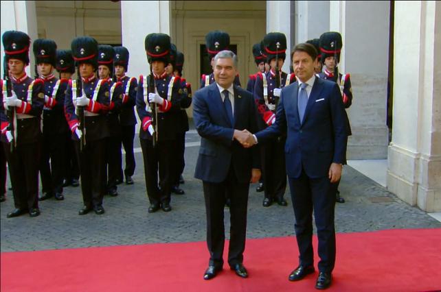 Президент Туркменистана встретился с премьер-министром Италии