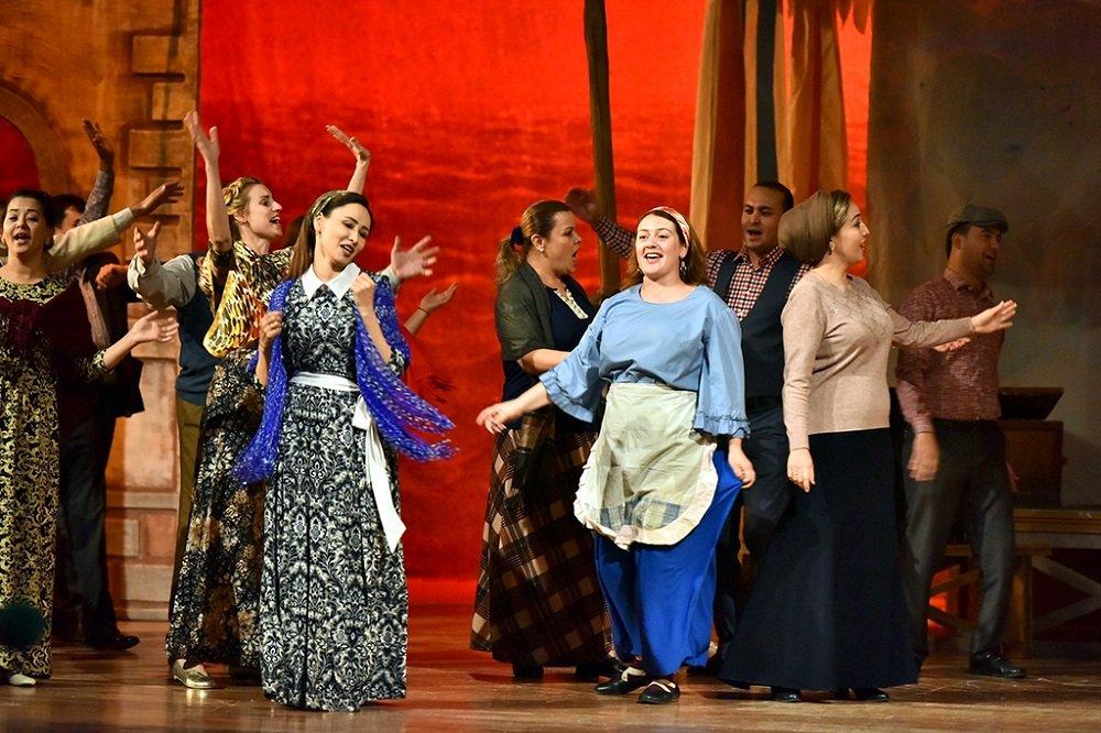 Международный фестиваль «Театральное искусство эпохи счастья» стартовал в Ашхабаде