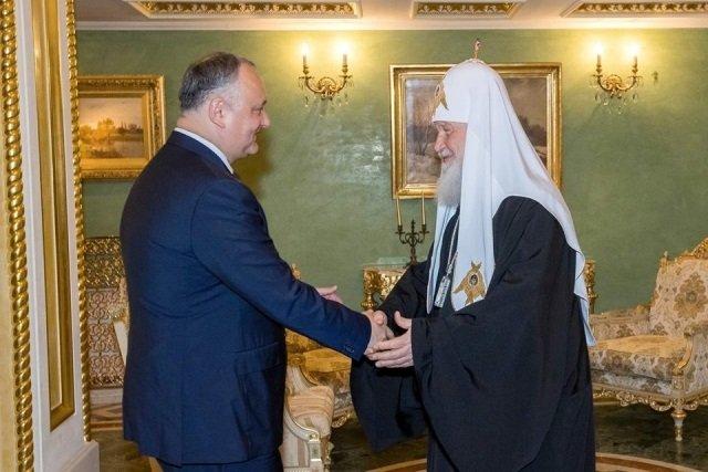 Молдавский лидер поздравил патриарха Кирилла с днём рождения