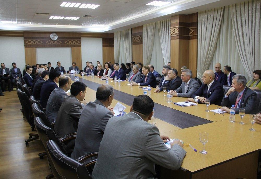 Бизнесмены Туркменистана и Австрии обсудили варианты сотрудничества