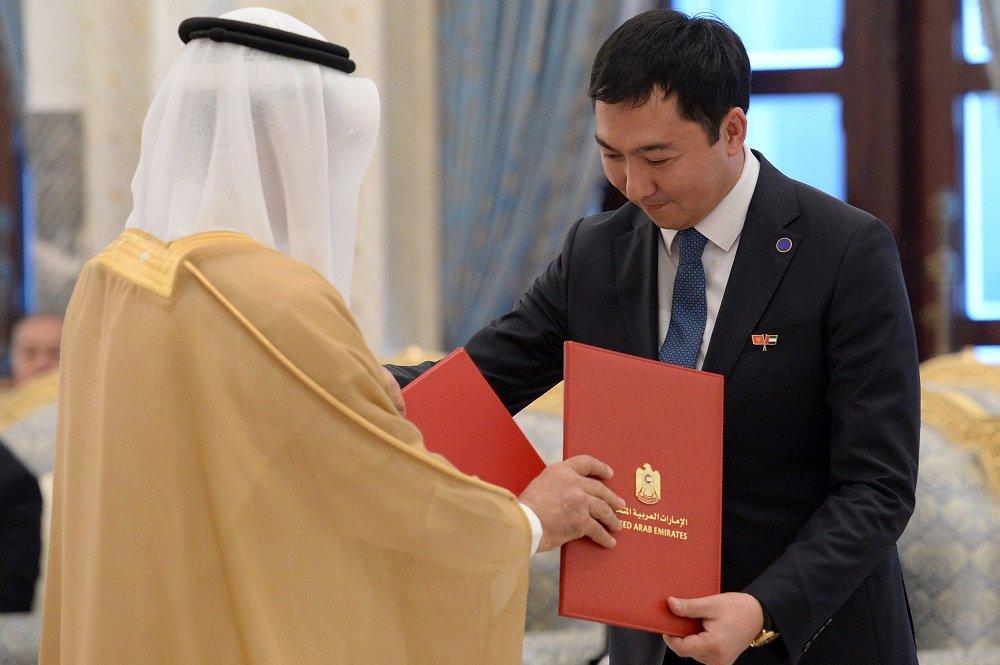 Кыргызстан и ОАЭ подписали пакет документов о партнёрстве