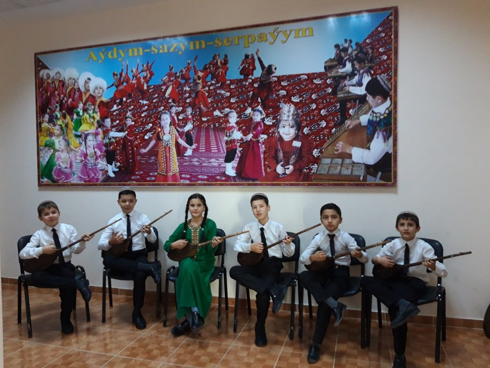 В Туркменистане год за годом растёт число музыкальных заведений