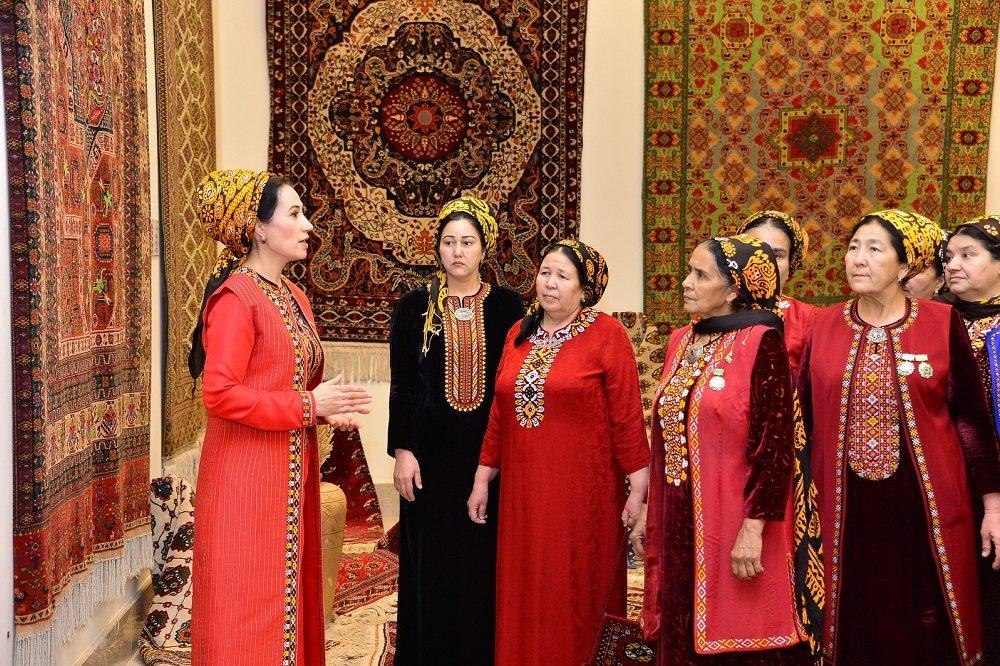 Туркменское ковроделие внесли в список культурного наследия ЮНЕСКО