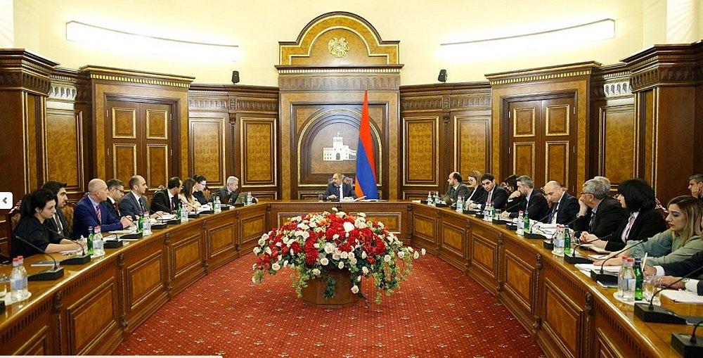 В правительстве Армении обсудили бюджетное финансирование на будущий год