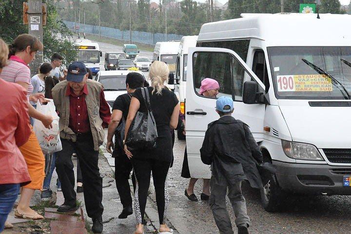 В Молдове повысились тарифы на междугородние рейсы