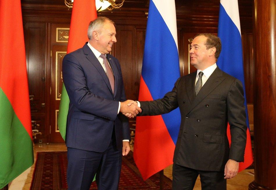 Премьер Белоруссии пожелал Дмитрию Медведеву успешной работы на новом посту