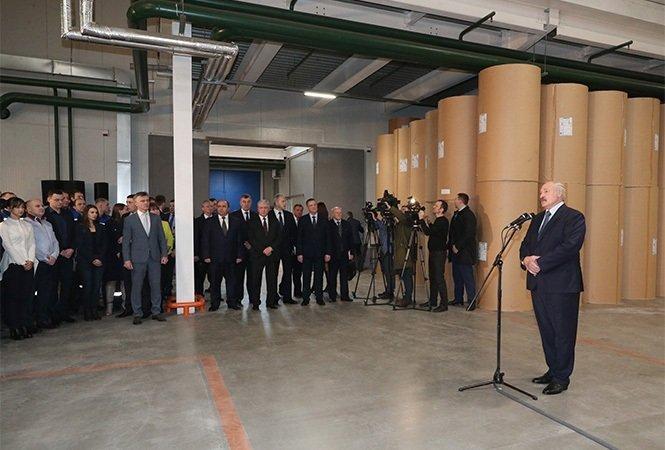 Президент Белоруссии заявил, что может организовать альтернативные поставки нефти