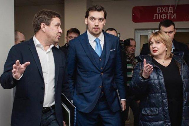 Новый медкомплекс Украины обеспечит в 4 раза больше операций по трансплантации костного мозга