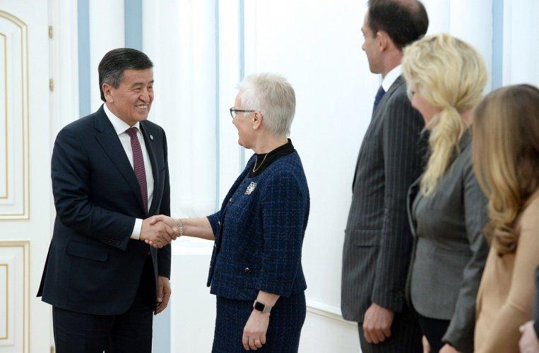 Президент Киргизии Сооронбай Жээнбеков встретился с делегацией парламентариев Швеции