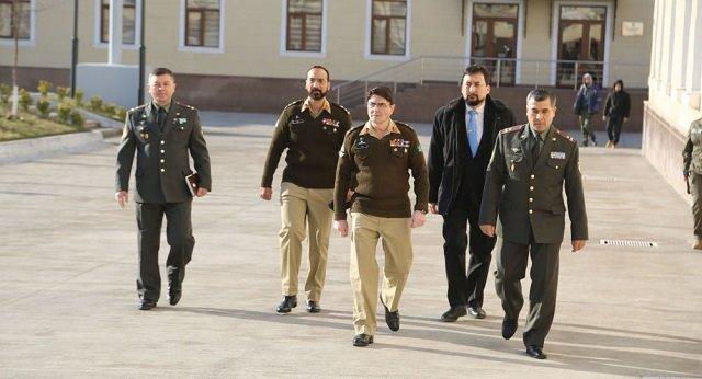 В Академии Вооруженных Сил Узбекистана побывала делегация Пакистана