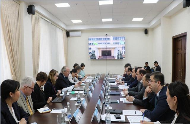 Узбекистан принял делегацию международной коалиции Cotton Campaign