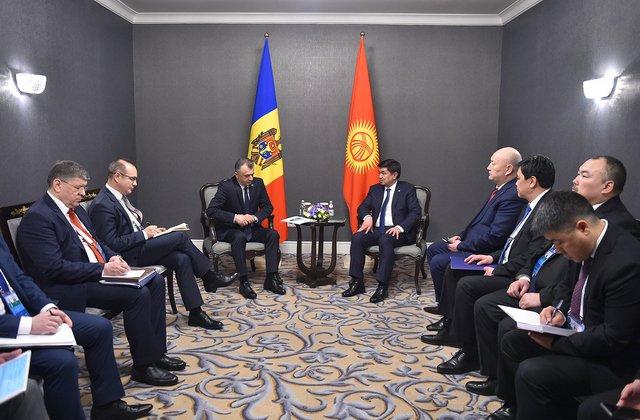 Премьер-министр Киргизии Мухаммедкалый Абылгазиев встретился с Премьер-министром Молдовы Ионом Кику