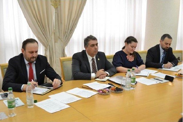Ашхабад и Бухарест провели консульские консультации