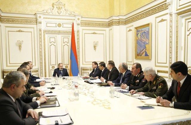 Премьер-министр рассмотрел факты смертей военнослужащих Вооружённых сил Армении