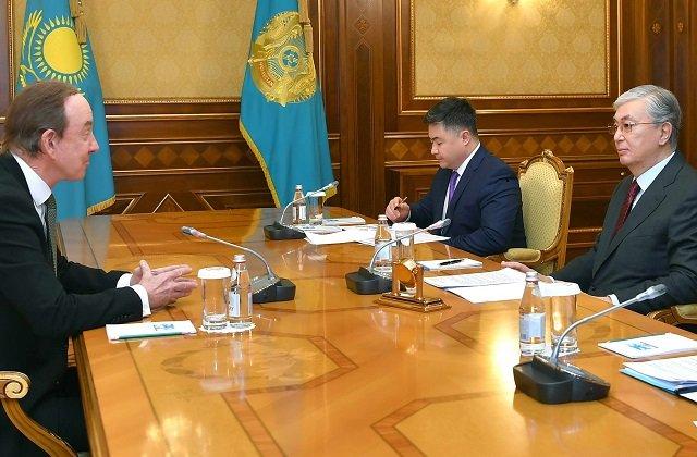 Лидер Казахстана принял главу национальной авиакомпании