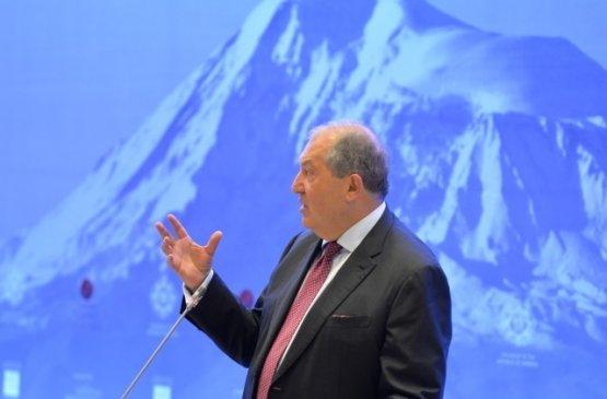 Судьбу Конституционного суда Армении решит референдум