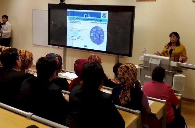 Делегация Туркменистана поучаствовала в международном семинаре во Франции