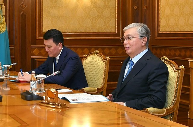 Казахстанский лидер рассмотрел экономические и юридические вопросы государственной политики