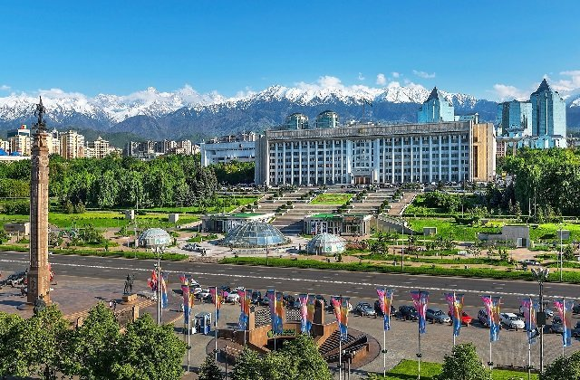 Нур-Султан и Алматы изолировали от других городов