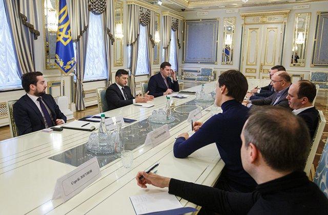 По всей Украине будут транслироваться телеуроки для школьников