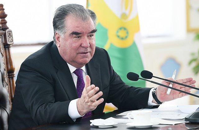 В Таджикистане расширят производство муки и масла