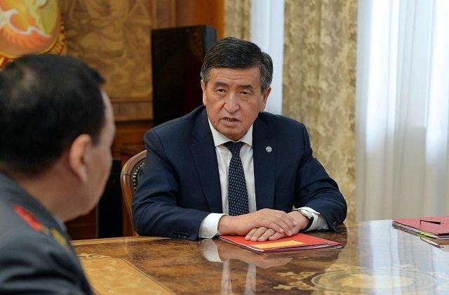 Президент Киргизии встретился с министром внутренних дел