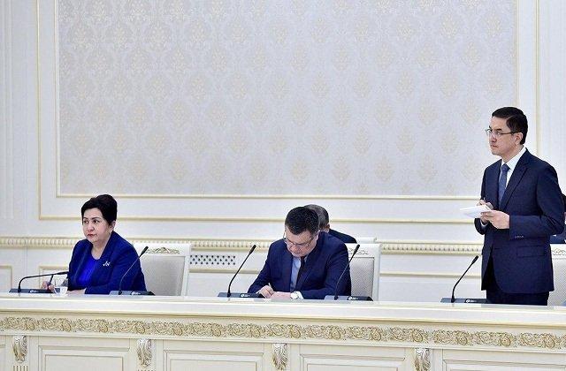Шавкат Мирзиёев выразил благодарность отважным медикам страны