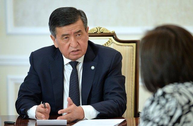 Лидер Кыргызстана провёл встречу с главой офиса Всемирного банка