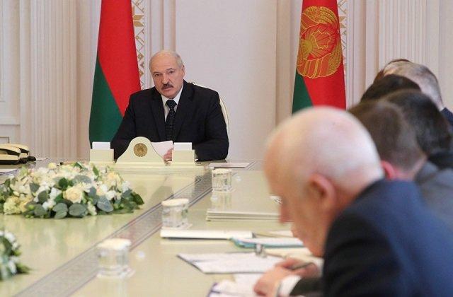 Глава Белоруссии поручил форсировать закупки нефти и создать резерв