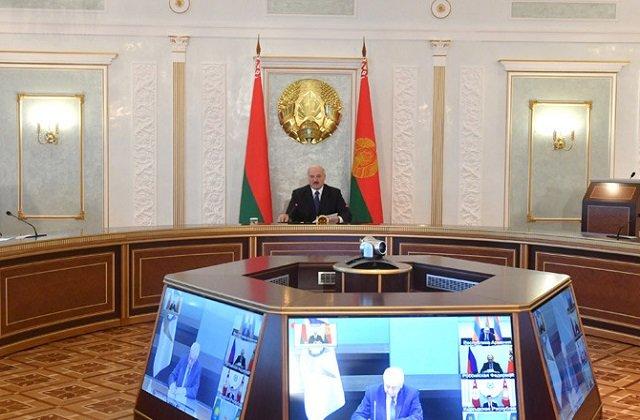 С высокой трибуны ЕАЭС лидер Белоруссии заявил о важности сплочения