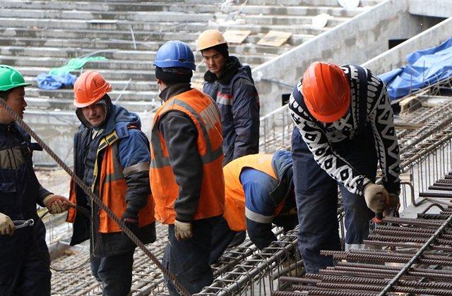 Гражданам Таджикистана разрешили работать в РФ без патента