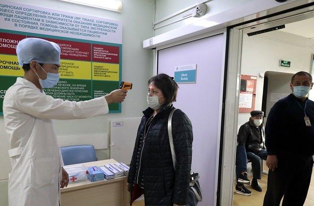 Свыше 16 тысяч медиков Казахстана получили 3,2 миллиарда тенге