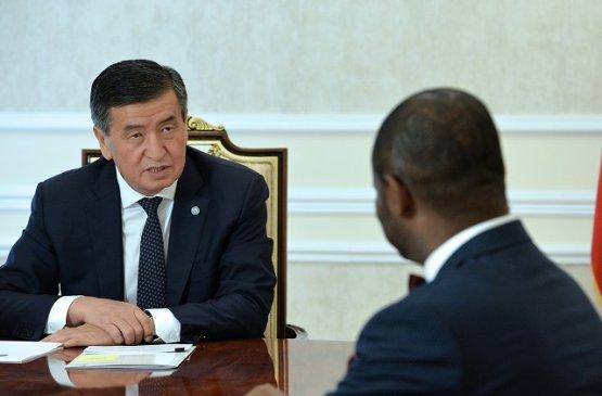 Президент Киргизии встретился с координатором системы ООН