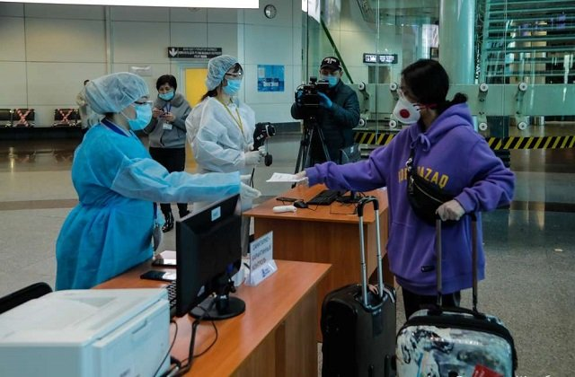 Авиарейсы в Казахстане после открытия загрузились почти полностью