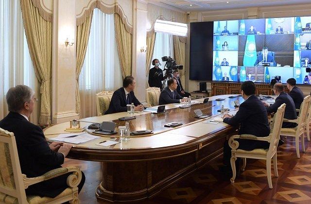 Президент Казахстана сообщил об отмене ЧП