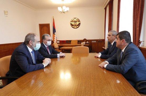 Никол Пашинян посетил Степанакерт