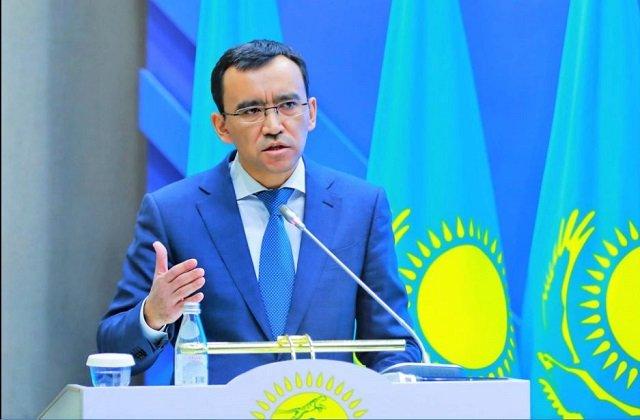Использовать пандемию поводом к сокращению госштатов предложил сенат Казахстана