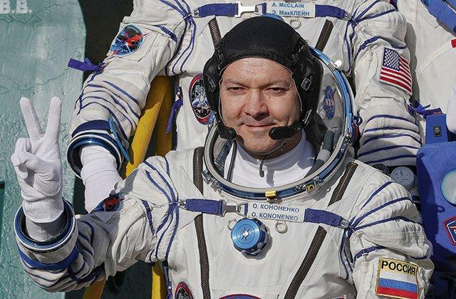 Бердымухамедов поздравил космонавта РФ Олега Кононенко с днём рождения
