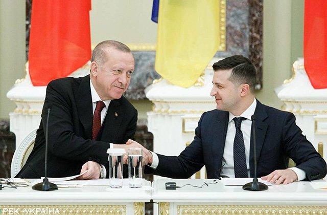 Президент Украины провёл телефонный разговор с главой Турецкой Республики