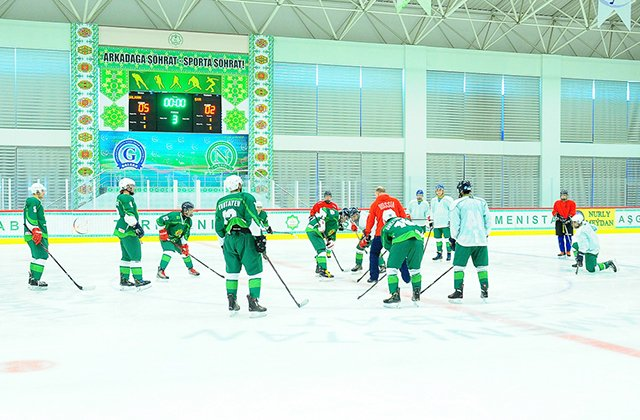 Туркменская сборная поборется за победу в Чемпионате мира по хоккею 2021 года
