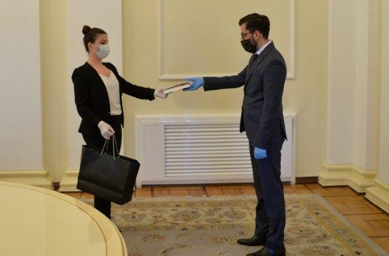 Армен Саркисян поздравил победителей конкурса студенческих работ