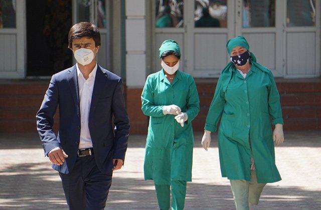 В Таджикистане вылечились 77% граждан, инфицированных коронавирусом