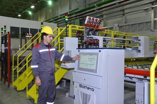 Гигант стекольной индустрии Туркменистана отгрузил на внутренний рынок 5,5 млн штук стеклотар