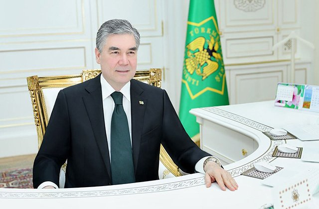 Президент Туркменистана обсудил пандемию с руководством ОАЭ и Бахрейна