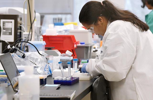 Учёные Казахстана заявили об успехе испытаний вакцины от коронавируса