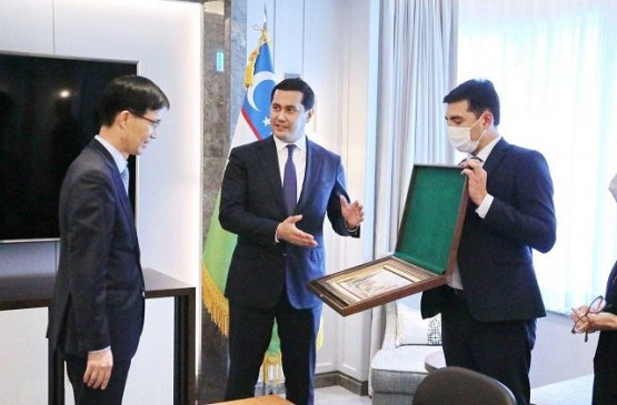 Сардор Умурзаков встретился с председателем Эксимбанка Кореи