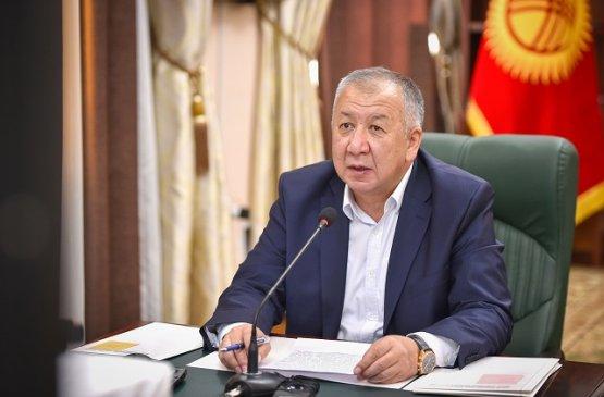 Глава правительства Киргизии призывает не брать плату с арендаторов