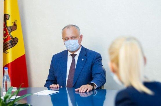 Президент Молдовы обсудил вопросы грузовых и пассажирских перевозок с зарубежными странами