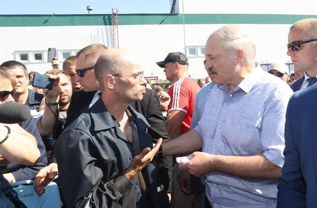 Лукашенко высказался о забастовках на белорусских производствах