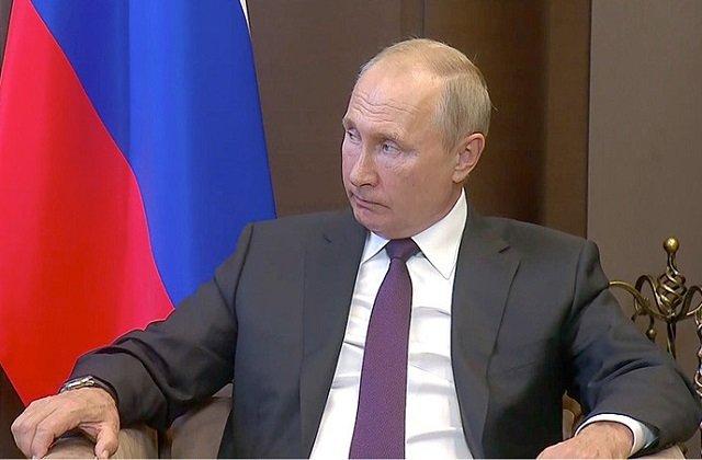 Лукашенко встретился с Путиным в формате «один на один»